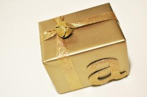 DIY-Christmas-Gift-Wrap-4