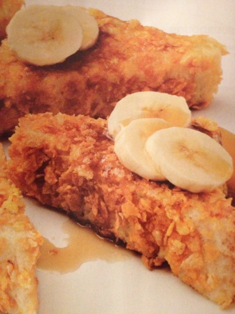 Cornflake-Crusted French Toast with Banans