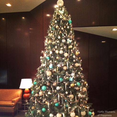 Christmas Tree at Tiffany & Co. Copley