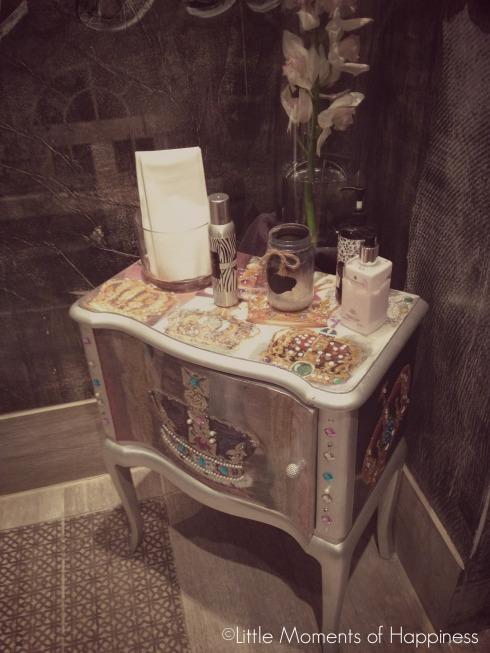 The District Miami Bathroom